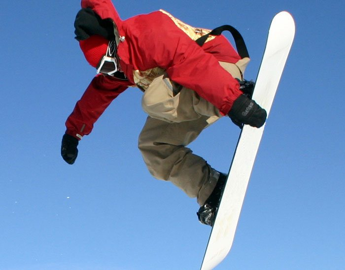 Choosing your new snowboard carefully can make an eco-friendly difference. (photo: Gary Cowles)