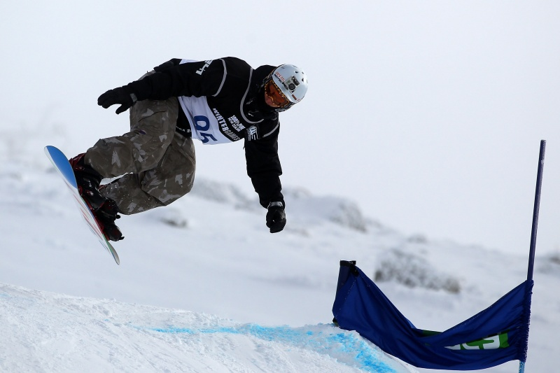 Evan Strong of Truckee, Calif., competes in the Snowboard Cross Adaptive Standing Men during day six of the Winter Games NZ Thursday at Cardrona Alpine Resort in Wanaka, New Zealand. (photo: Hannah Johnston/Getty Images)