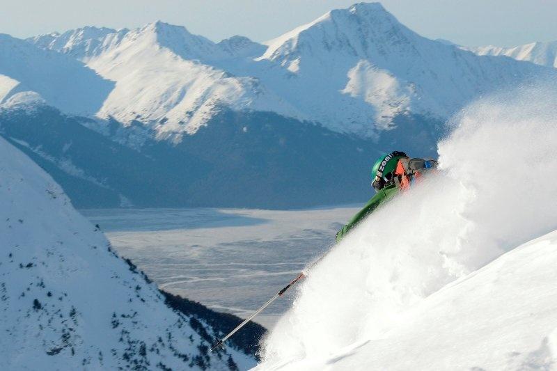 Alaska S Alyeska Resort Aims To Get Youth Skiing First