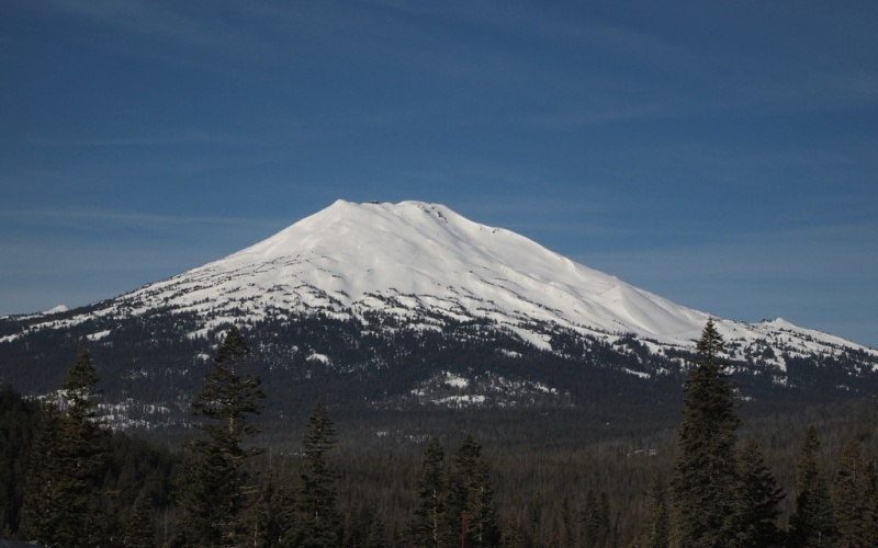 Mt. Bachelor: A Pacific Northwest Behemoth