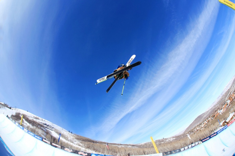 Skier David Wise, of Reno, Nev., competes in the halfpipe during the 2013 Visa U.S. Freeskiing Grand Prix in Park City, Utah. (file photo: USSA/Sarah Brunson)