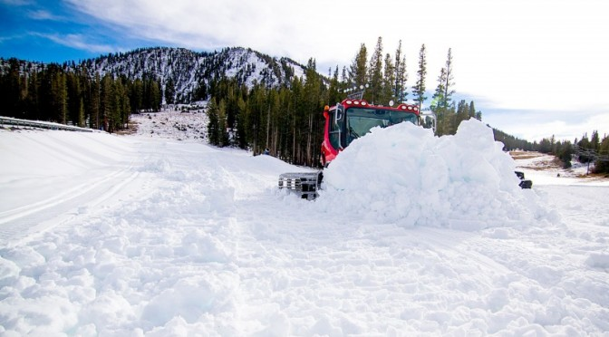 Groomers at Mt.Rose-Ski Tahoe were busy on Tuesday preparing for the California resort's opening day. (photo: Mt. Rose-Ski Tahoe)