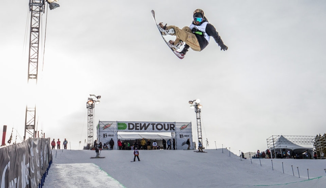 Snowboarder Danny Davis at the 2015 Winter Dew Tour, in Breckenridge, Colo. (file photo: George Crosland)