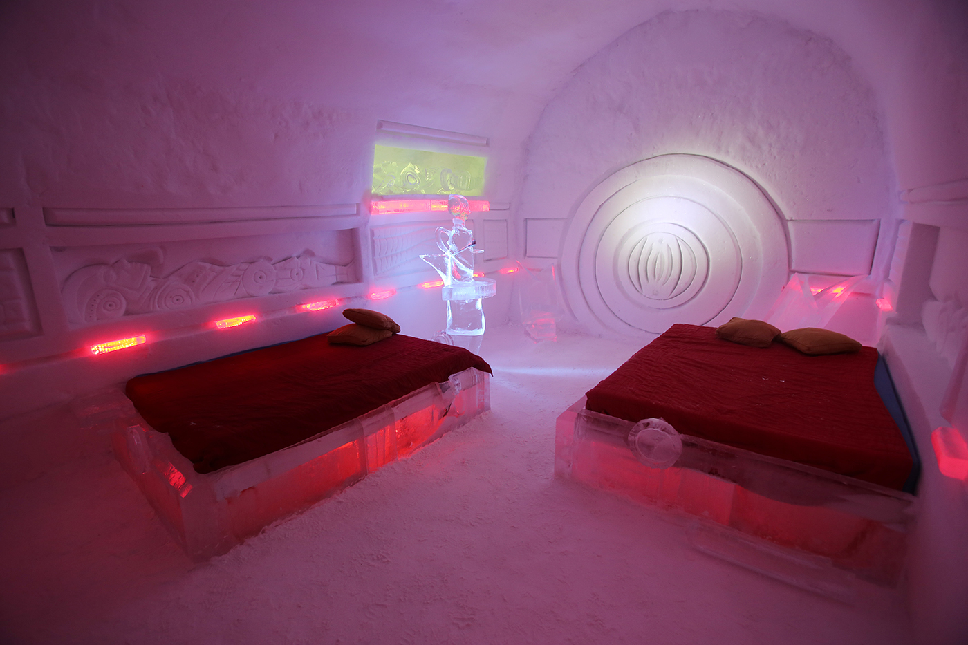 The Hôtel de Glace is a 10-minute drive from downtown Québec City and has 44 rooms and suites. It is open for tours and overnight stays until March 28. (Photo: FTO/Martin Griff)
