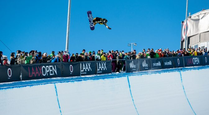 American snowboard sensation Chloe Kim competes in the Laax Open halfpipe on Saturday. (photo: Miha Matavz/FIS)