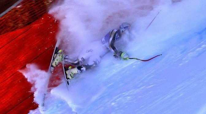 Lindsey Vonn Crashes in Downhill Training