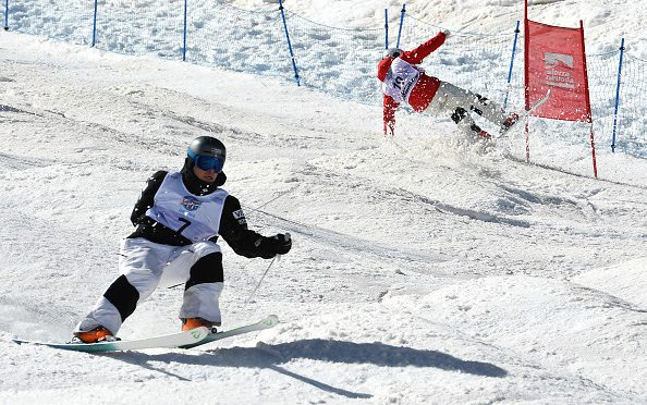 Ikuma Horishima of Japan (top) crashes during the finals against Montana's Bradley Wilson, who also blew out of the course. (photo: Getty Images-David Ramos via USSA)